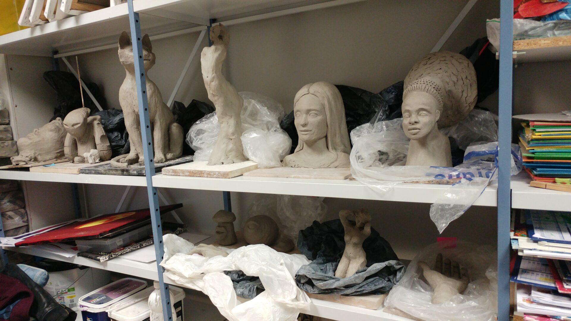 sculptures en cours de réalisation