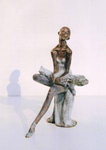Ballerina seduta cm.21x17x12 anno 1998 - statua donna ballerina sculture statue donne statuine statuette ballerine in bronzo