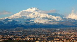 Etna-Sicilia-Vulcano-535x300