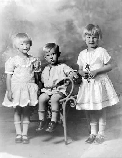 The Curtis children, Marjorie and Mazie perished in the St. Francis Dam disaster.