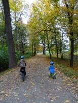 Veltrusy s dětmi na kolech