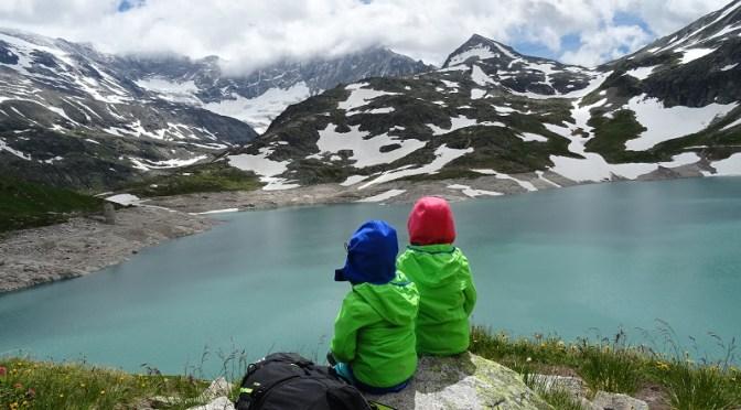 Ledovcové jezero Weisssee s dětmi