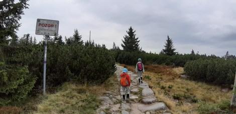 Cesta k Dívčím kamenům