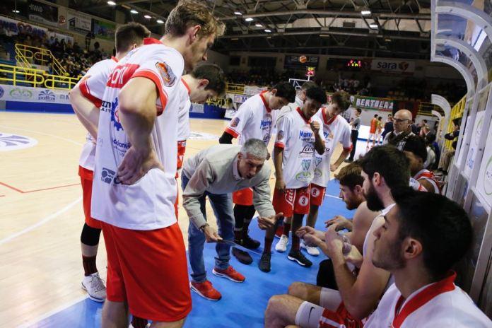 Oleggio contro Fulgor Omegna: vittoria di Omegna per 74 a 59