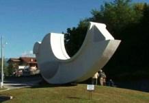 Omegna, è stato restaurato il monumento ai Caduti sul lavoro