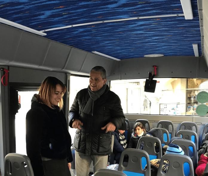Uno scuolabus tutto nuovo per le Scuole Primarie di Omegna