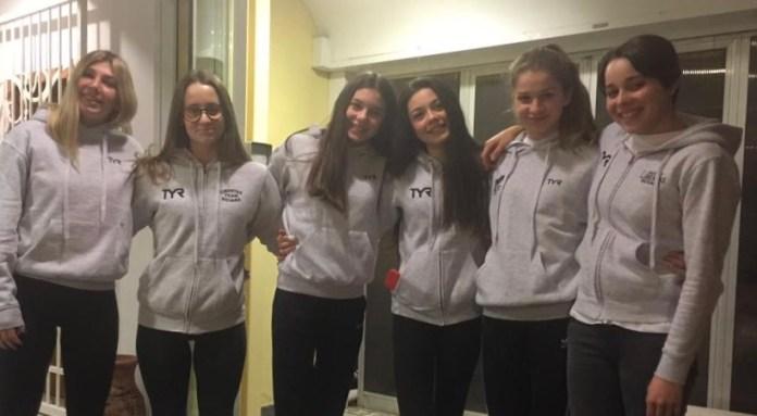 Le ragazze della Libertas Nuoto Novara a Torino