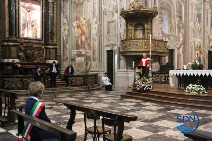 la messa in basilica con la sola presenza del sindaco Silvia Marchionini
