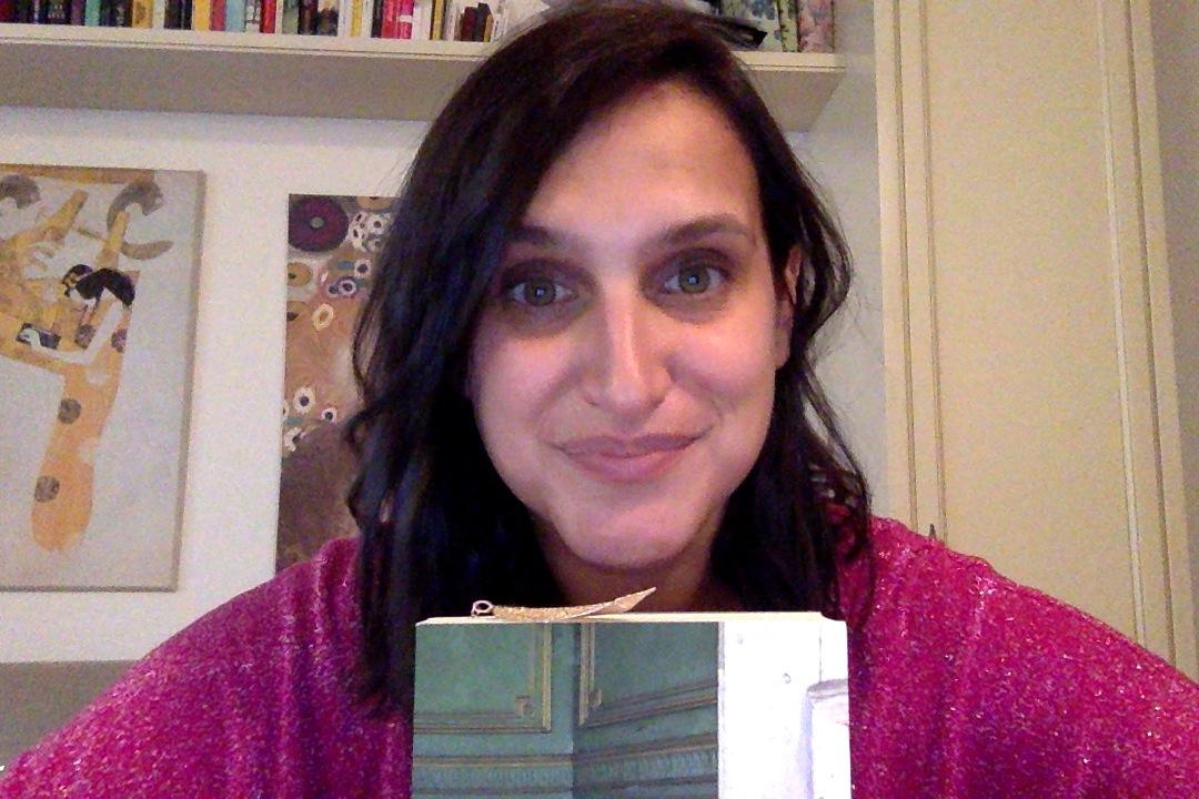 """Nelle sue ossa"""", il romanzo d'esordio di Maria Elisa Gualandris - Stampa  Diocesana Novarese"""