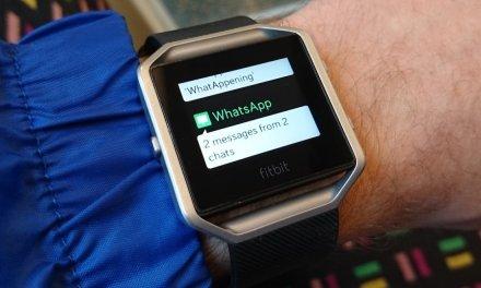 ساعة اللياقة المميزة Fitbit Blaze