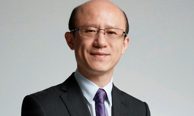 """مقابلة: السيد """"جين جاو"""" يجيبُ مجموعةً من استفساراتنا حول هواوي"""