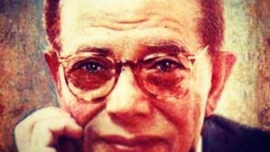 """صورة أبرز المحطات في حياة """"مصطفي محمود"""".. كذبَ كل شيء إلا الإله.. وُقف برنامجه من قِبل صفوت الشريف بتدخل صهيوني.. وهذه حقيقة مرافقته للجن"""
