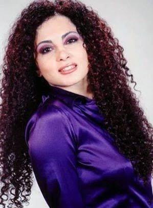 الفنانة رولا محمود : تعلن إصابتها بفيروس كورونا