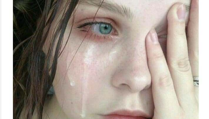 """""""الدموع تطهر القلب"""""""