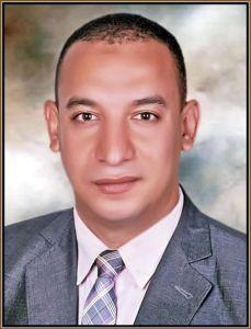 الدكتور أحمد مقلد