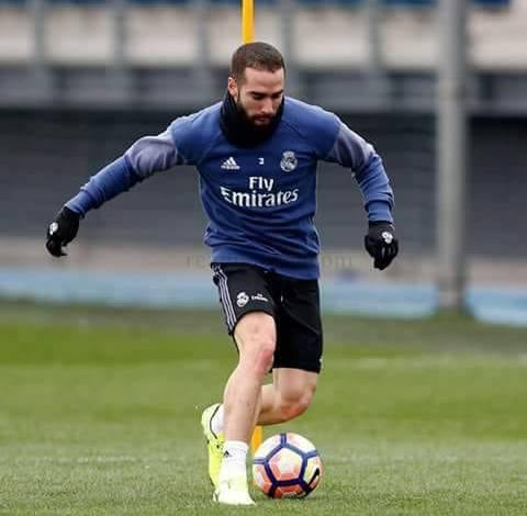 ريال مدريد يعلن عودة كارفاخال الى تدريبات الفريق