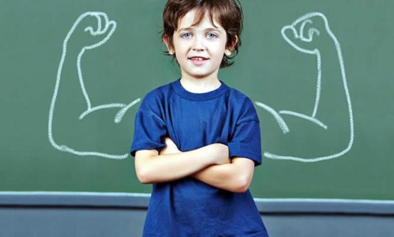كيف تزرع الثقة بالنفس في طفلك وتعززها
