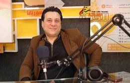 صورة رضوان نصري: الأغنية السورية ماتت مع وفاة فؤاد غازي والفنان السوري ليس مبدعاً.
