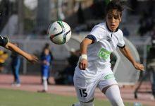 صورة لاعبة المنتخب الجزائري بكرة القدم زينب قندوسي تلقيت عدت صعوبات..لكن طموحاتي كبيرة