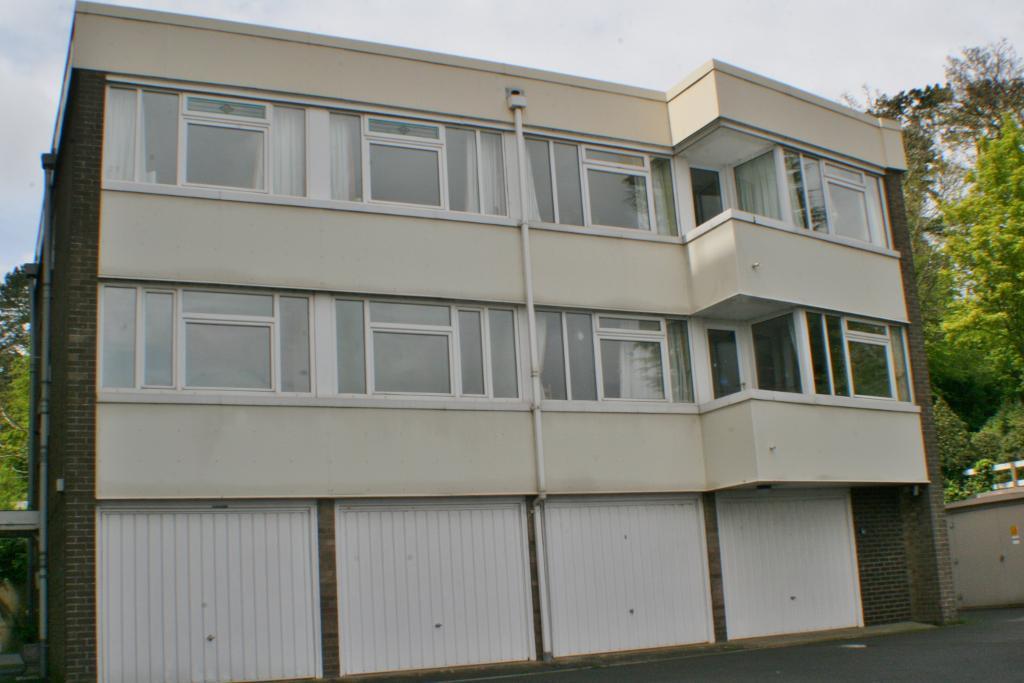 Seabank, Beach Road, Penarth, CF64 3AR