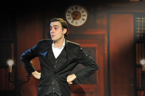 Luke_Kempner_the only way is Downton_photo steve ullathorne_0013