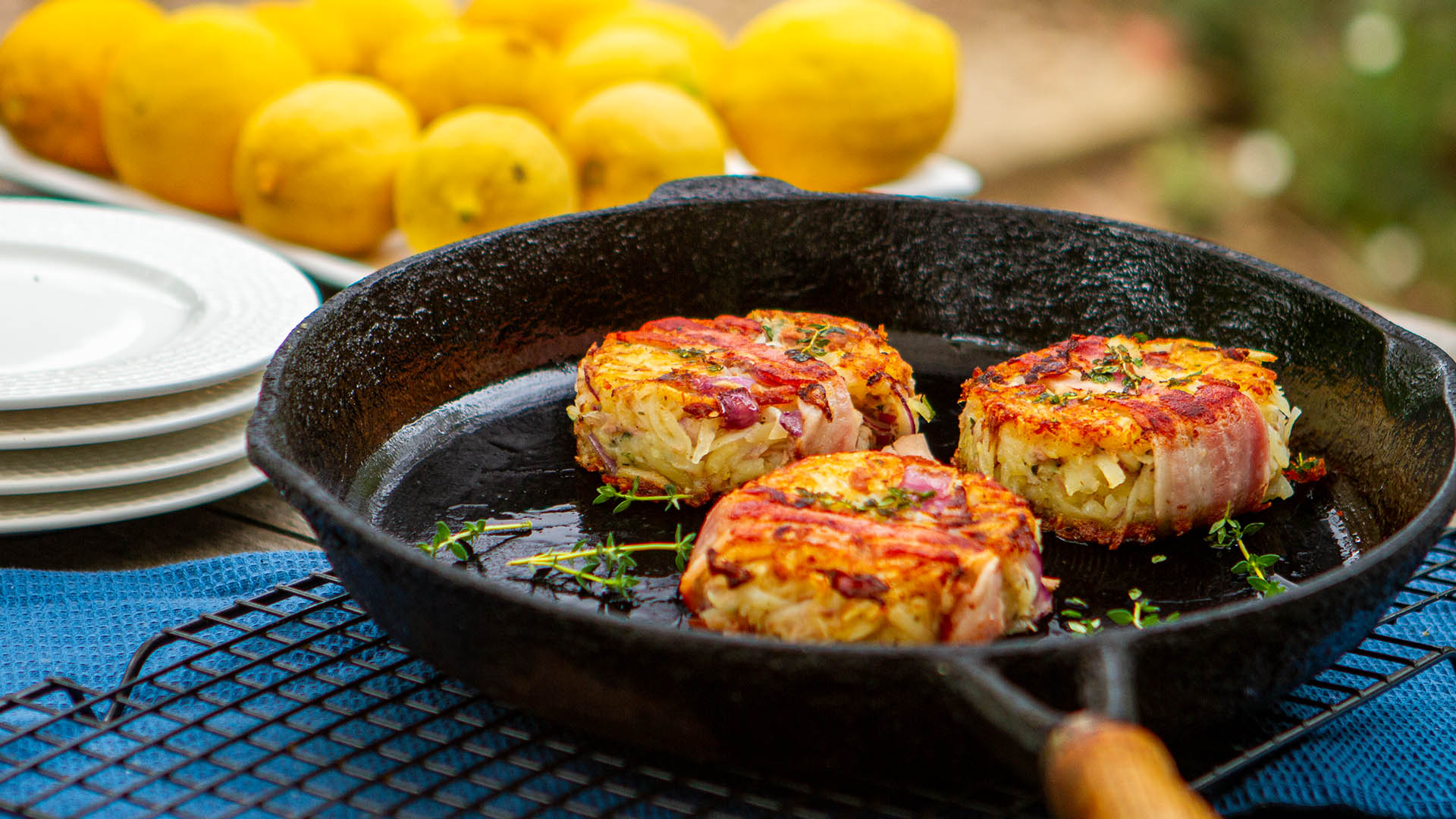 Crisp bacon and tuna potato cakes