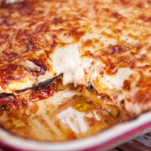 Moussaka is a well known Greek dish traditionally made with lamb. Watch Justine make a delicious variation of Moussaka with Safcol Tuna. This Tuna Moussaka is ultimate comfort food which is kind on the hip pocket. You can enjoy this meal all year round, but it's a perfect family meal served on a cooler evening. If you're lucky, there might be some leftovers for another night, and we all know that leftovers taste even better!