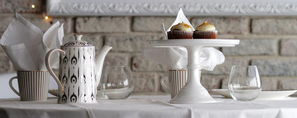 Things I love Table settings with a lot of white Serving in beautiful tableware Not everything has to match