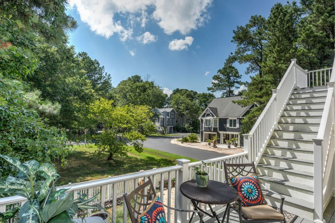 Deck Addition in Canal Drive, Millsboro DE with Round Table and Chairs