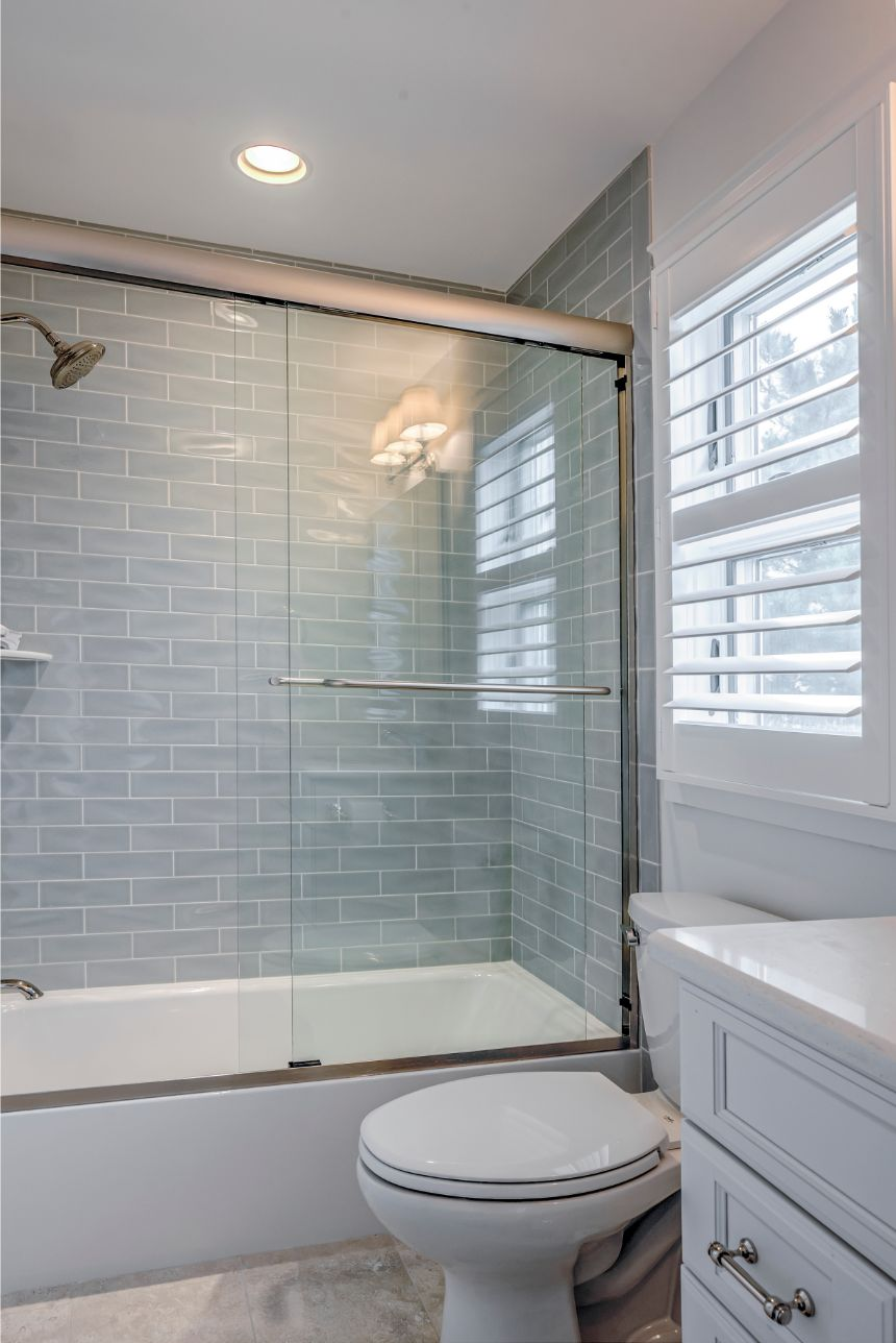 Guest Bathroom with Light Gray Subway Shower Wall Tiles