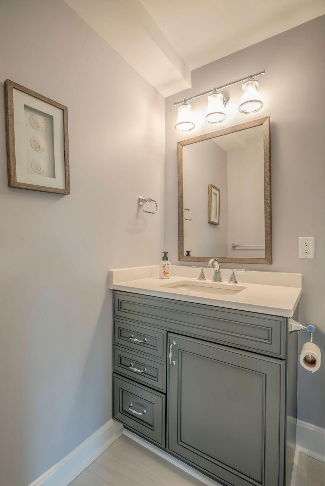 Bathroom Remodel in Kings Grant, Fenwick Island DE with Greyloft Maple Vanities and Square Mirror