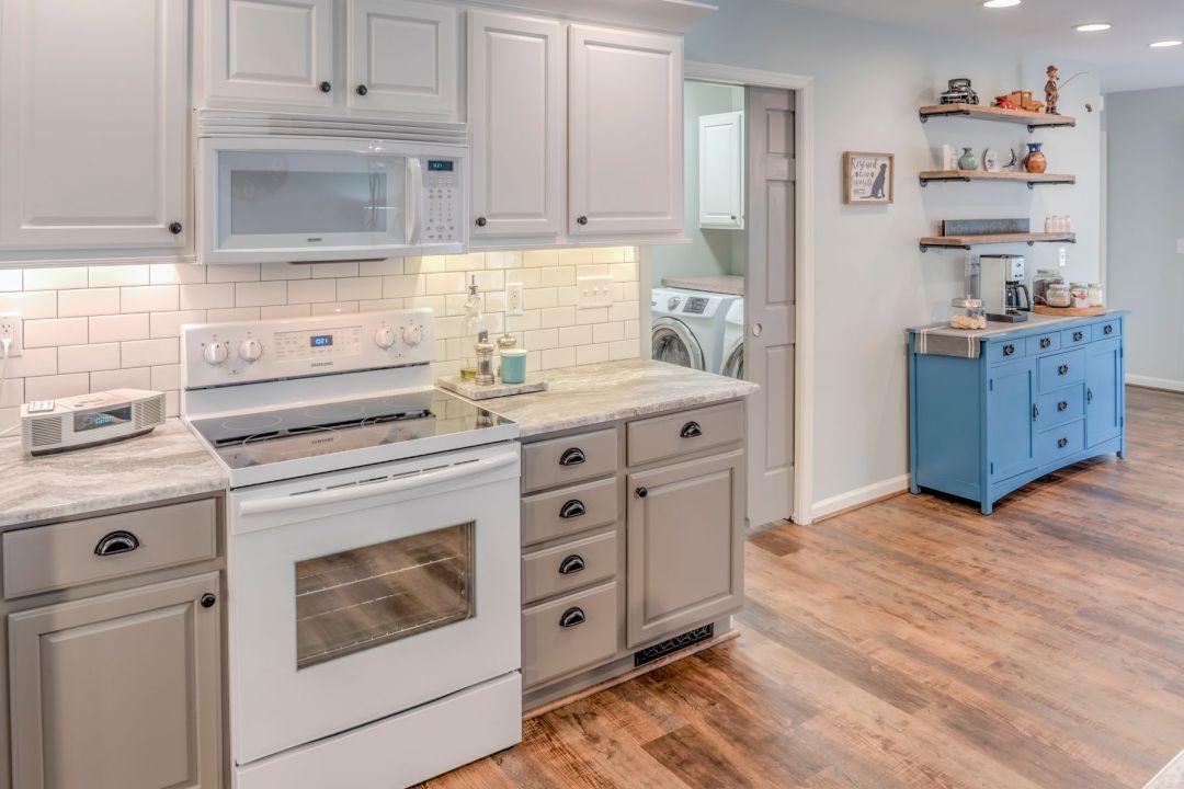 Kitchen Remodel in Velta Drive, Ocean View DE - Food Prep Cooking Area