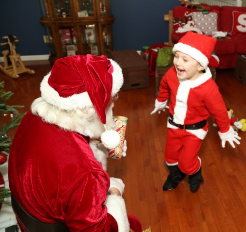 Santa! I know him!!