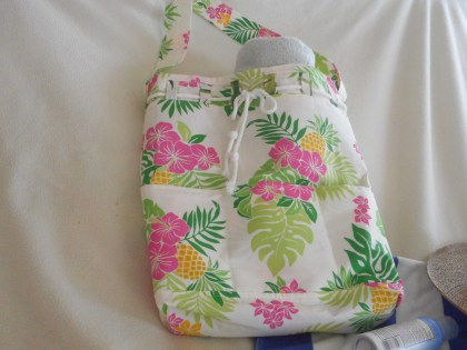 Sandy's Beach Bag sewing pattern by The Handmaiden's Cottage. Sewn by Granma Texas Sews.
