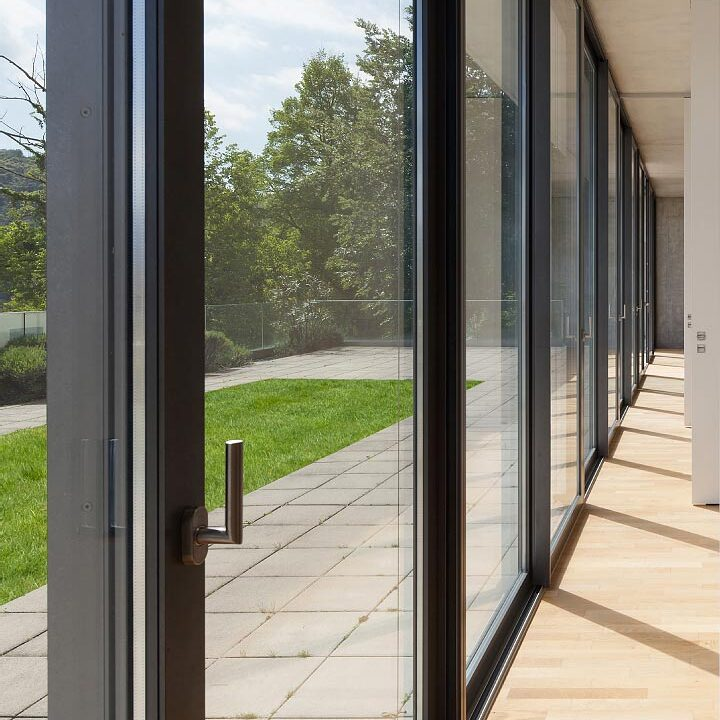 Aluminium doors, a favourite with architects and private clients. Durable and energy efficient.