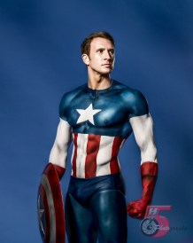 Sean Lerwill bodypaint modelling as Captain America