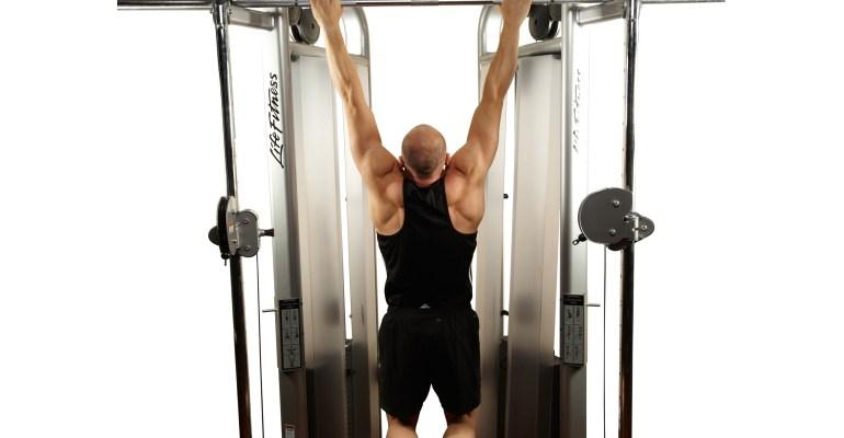 Sean Lerwill Men's Health pull-up