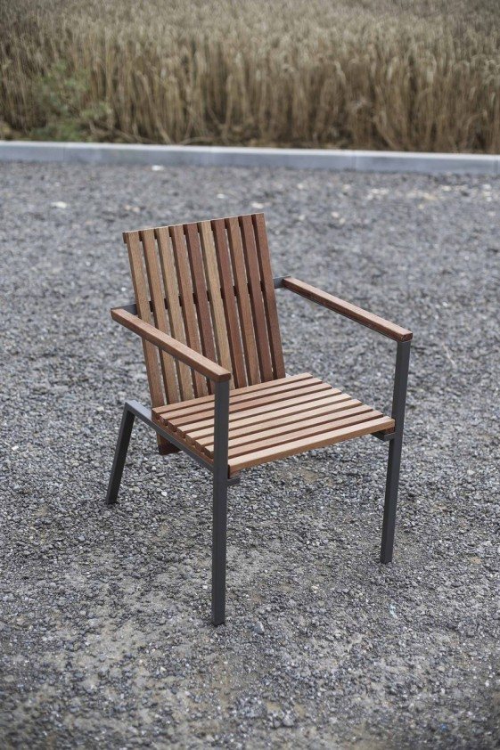 petit fauteuil exterieur de terrasse axis en metal acier de couleur et bois massif seanroyale
