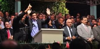 Prefeito de Maceió aceita a Jesus em Festa de 99 anos da Assembleia de Deus em Alagoas