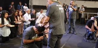 Seara News | Thalles Roberto é recebido como pastor da Igreja Renascer em Cristo