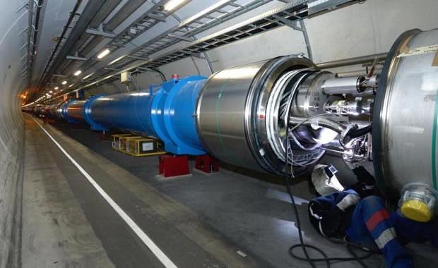 Acelerador de partículas chinês maior que o dobro do LHC sairá em 2025