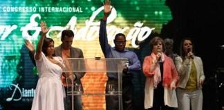 A potestade da corrupção está sendo abatida no Brasil, 3 anos depois da profecia!
