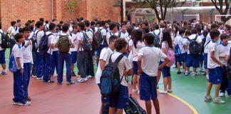 Pais exigem que escola deixe de promover ideologia de gênero em Minas Gerais