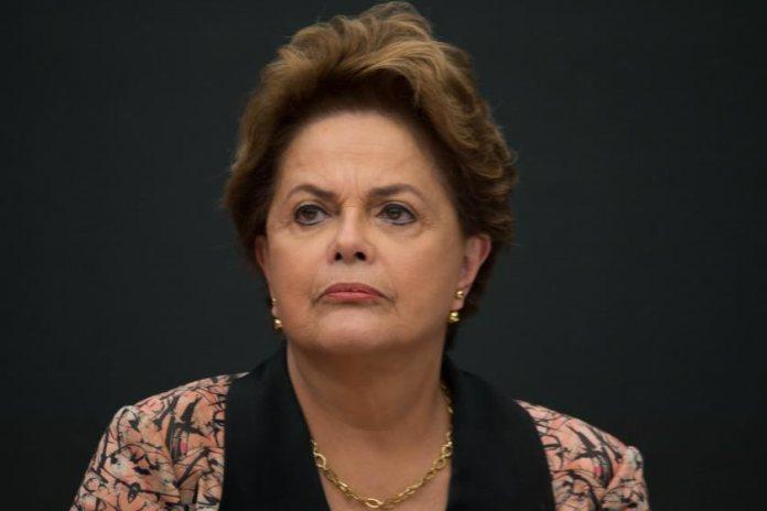Dilma pede pensão por tortura durante regime militar
