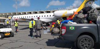 Bombeiros brasileiros participam de buscas Moçambique