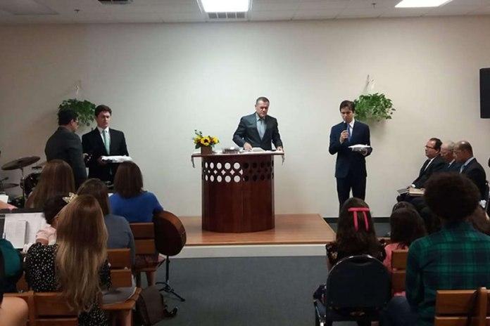 Igreja Cristã Maranata promove Culto de Ceia na Flórida, EUA