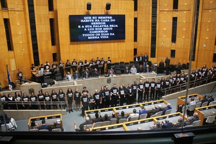 Assembleia Legislativa do Espírito Santo homenageia Assembleia de Deus que celebra 108 anos no Brasil