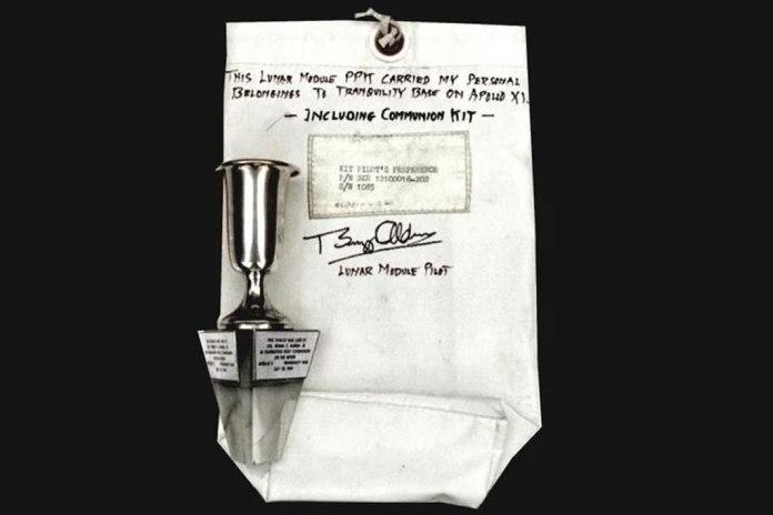 Buzz Aldrin celebrou a Santa Ceia em primeiro pouso na Lua