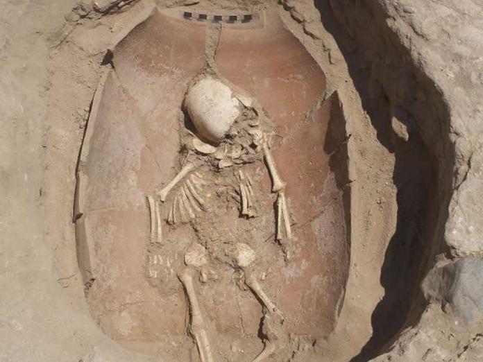 Testes de DNA mostram ascendência europeia de filisteus antigos, e imigração para o Oriente Médio