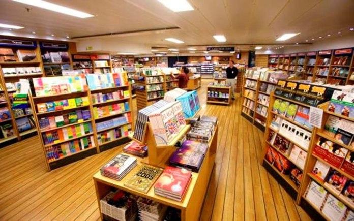 Navio MV Logos Hope, maior livraria flutuante do mundo